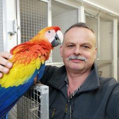 Chovateľ papagájov Žako - Ľuboš Račkovič